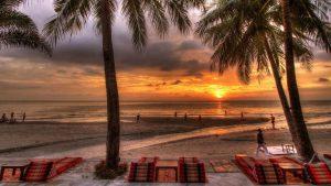 new-dining-at-beach koh chang